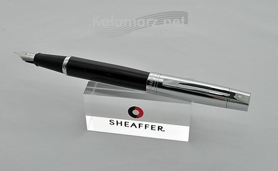 Pióro wieczne SHEAFFER Gift Collection 300 Czarne Skuwka Chrom Stalówka F